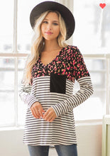 Load image into Gallery viewer, Black & Ivory Stripped Cheetah Pocketed Top