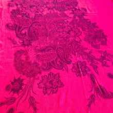 Load image into Gallery viewer, PAISLEY GARDEN RED WOOL-BLEND SCARF