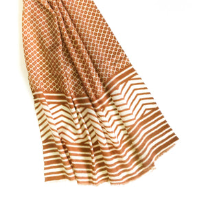 MYTRAVELMATE LIGHT BROWN SHAWL 3