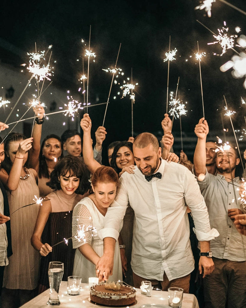 How to use and dispose wedding sparklers
