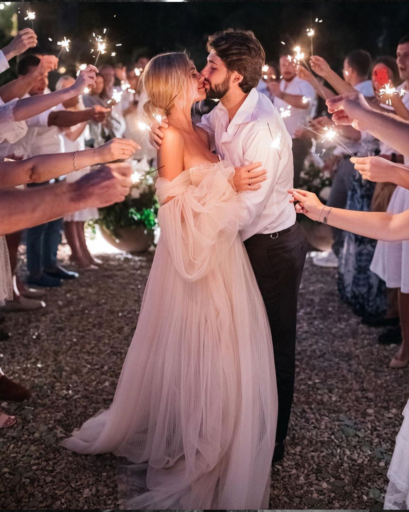 using sparklers for your wedding exit