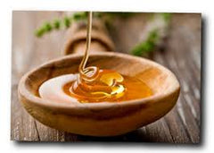 Grahams Natural manuka oil. We provide natural, effective treatments for people suffering with eczema, dermatitis, psoriasis and rosacea. Our wide range of products will help to sooth the itchiest of skin.