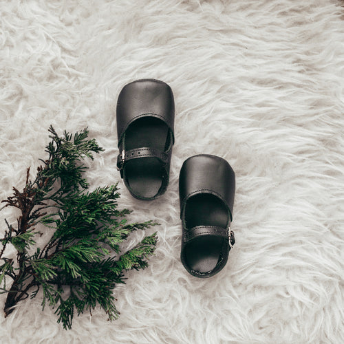 black leather crib shoes, single strap