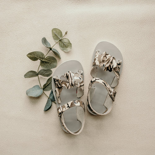 camo leather sandals, beige sole, open toed