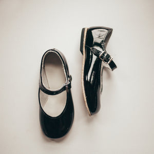 black patent leather mary jane, beige sole, single strap, beige inside
