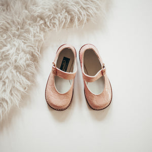 pink pebble leather mary jane, brown sole, single strap, beige inside