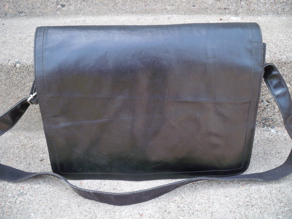 Vintage Wilson's Leather Black Leather Messenger Laptop Bag Briefcase ShoulderBag