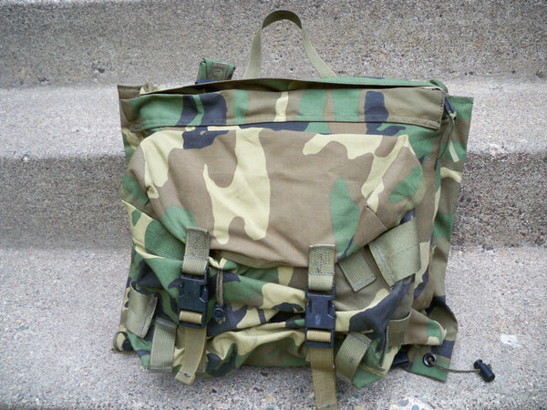 Vintage 90's US Army Combat Pack Patrol Camo Camouflage Rucksack Backpack Bag