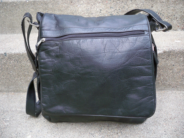 Vintage Made in Colombia Leather Black Messenger Shoulder Bag Laptop Soft Briefcase
