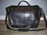 Wilsons Leather Shoulder Courier Flapover Bag Briefcase Messenger Vintage Black Distressed