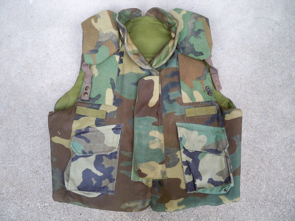 Camouflage Camo Body Armor Fragmentation Vest Ground Troops Size Large Used