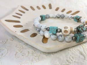 Frankie Adoration Bracelet in White + Teal