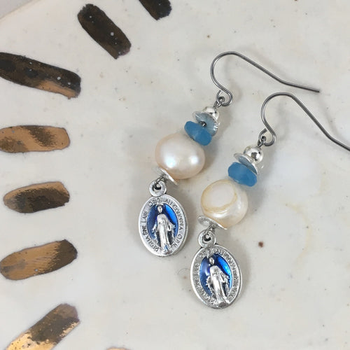 True Blue Mama | Freshwater Pearl & Blue Chalcedony