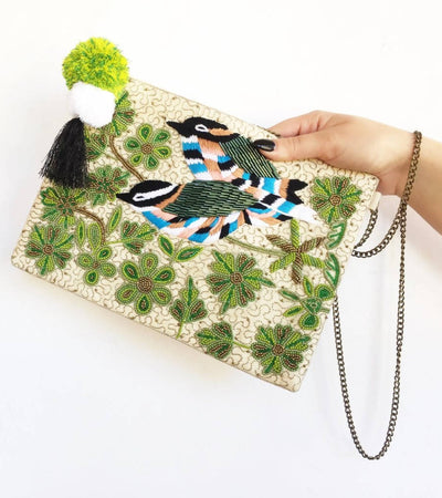 Beaded Cuckoo Clutch
