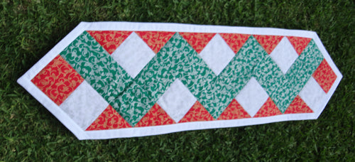 JK007 - Christmas Theme Tablerunner