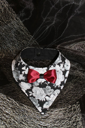 It's in a kiss - Dog Bandana - XSMALL