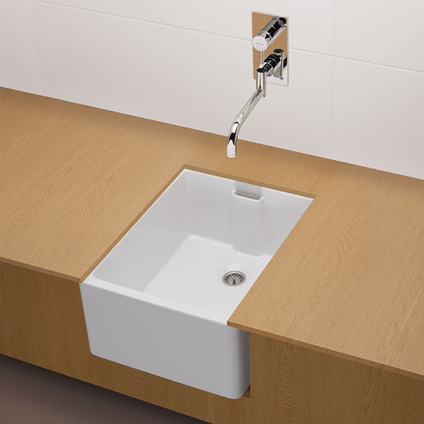 Turner Hastings Belfast Flat Front Fine Fireclay Butler Sink - The Blue Space