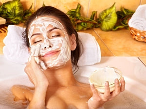 EASY AT-HOME FACE MASK RECIPE