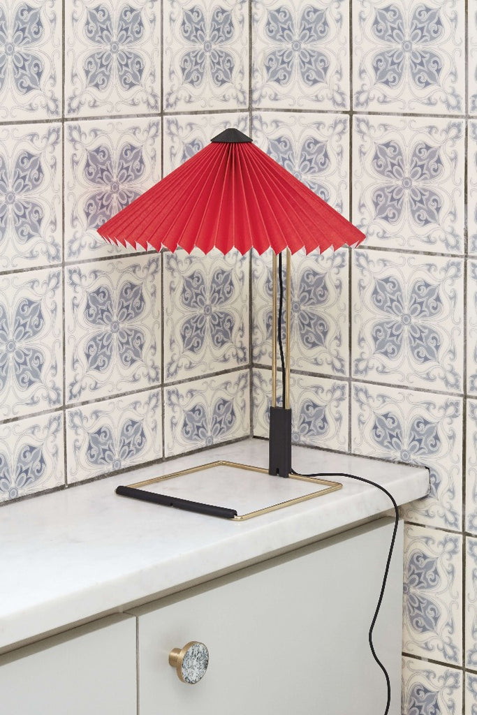 HAY Matin asztali lámpa piros | Matin table lamp bright red | Solinfo Shop