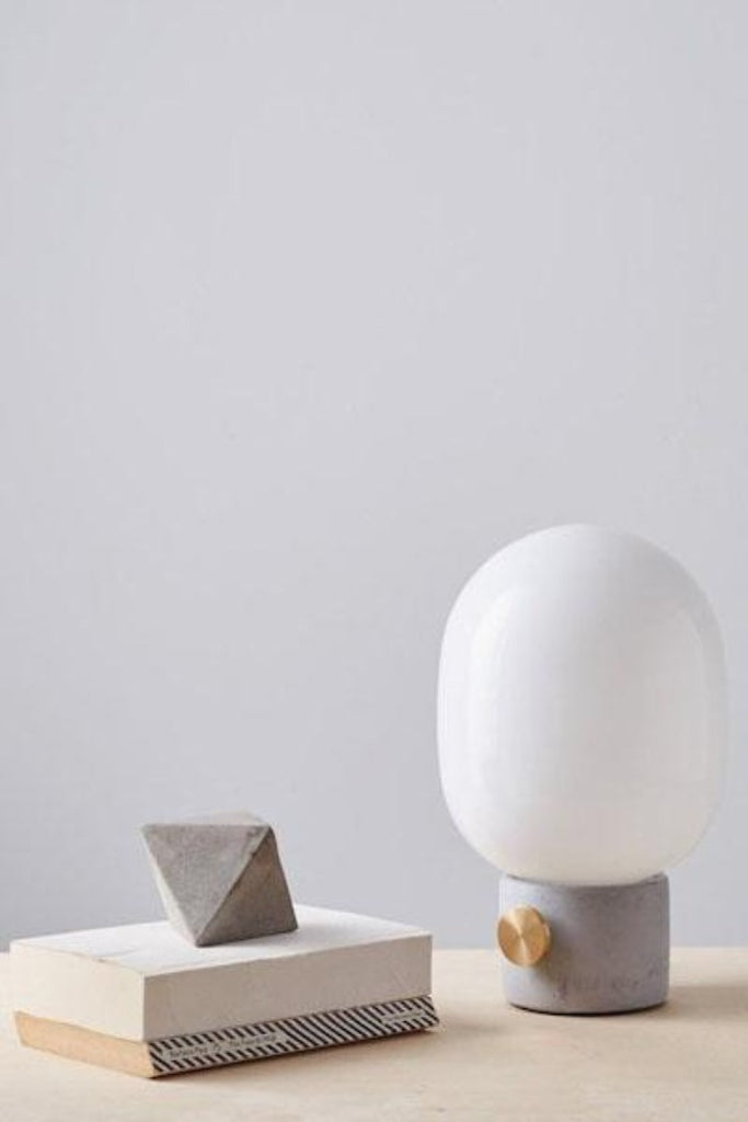 Menu JWDA lámpa beton és sárgaréz, JWDA table lamp concrete and brass