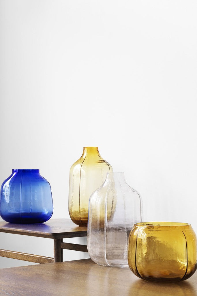 Normann Copenhagen Step kék, barna, üveg váza, Step Vase blue, brown, glass BÜRO FAMOS