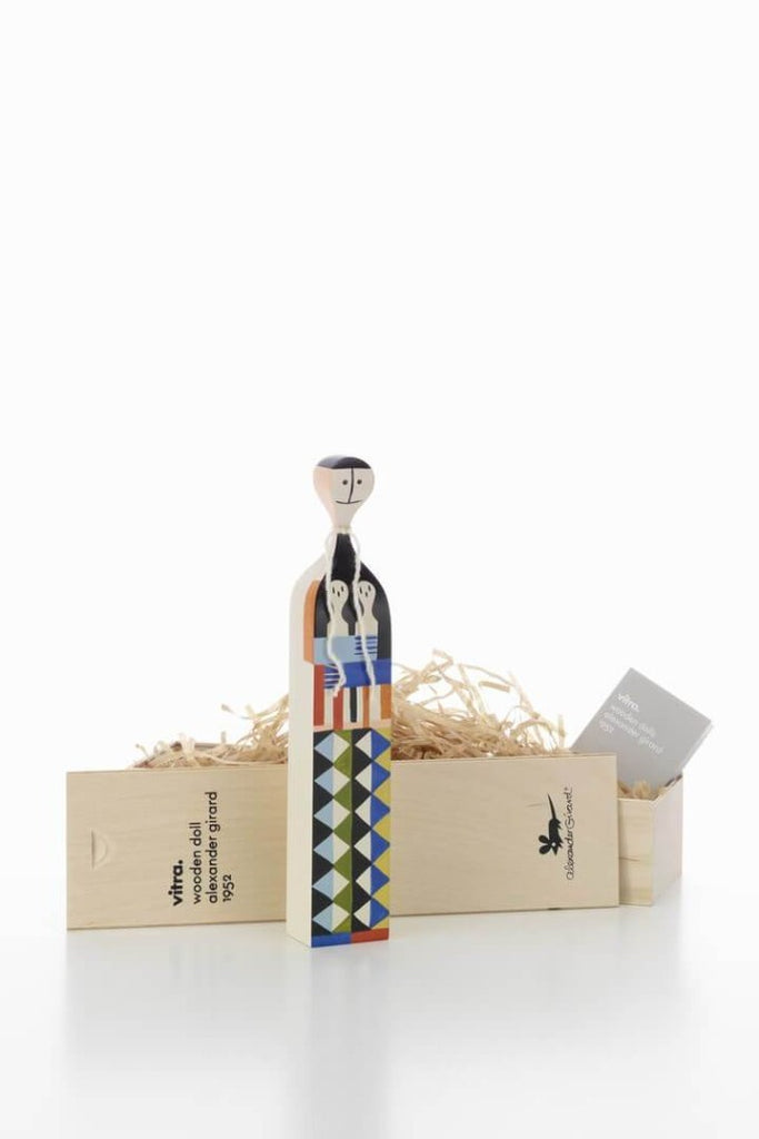 Vitra Fa bábu | Wooden doll No. 5 | Solinfo Shop