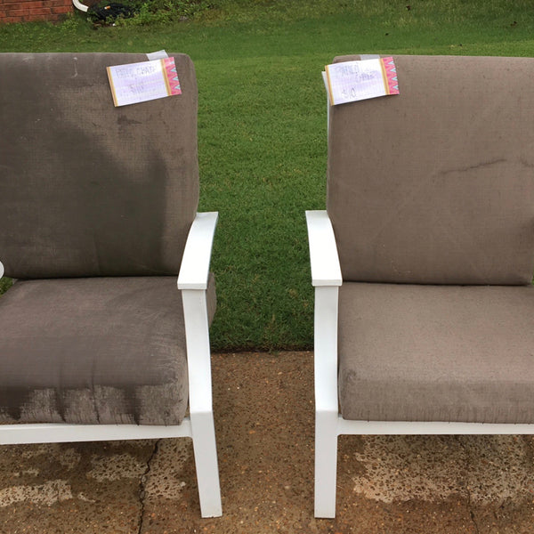 Patio furniture, cushions, and fabric can be expensive. Learn how to clean and revamp your patio cushions and furniture with a single can of One Step Paint. In this free video tutorial, Amy Howard shows you how to paint outdoor cushions and furniture in just a few easy steps.