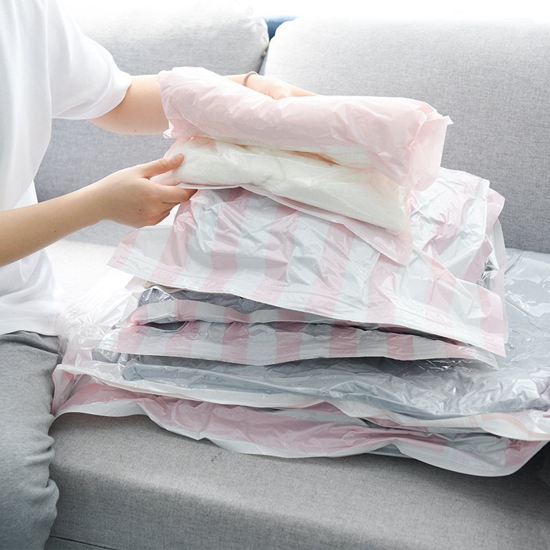 """Save Space"" Vacuum Bags With A Pump - TrendiaStore"