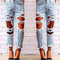 Destroyed Slim Jeans