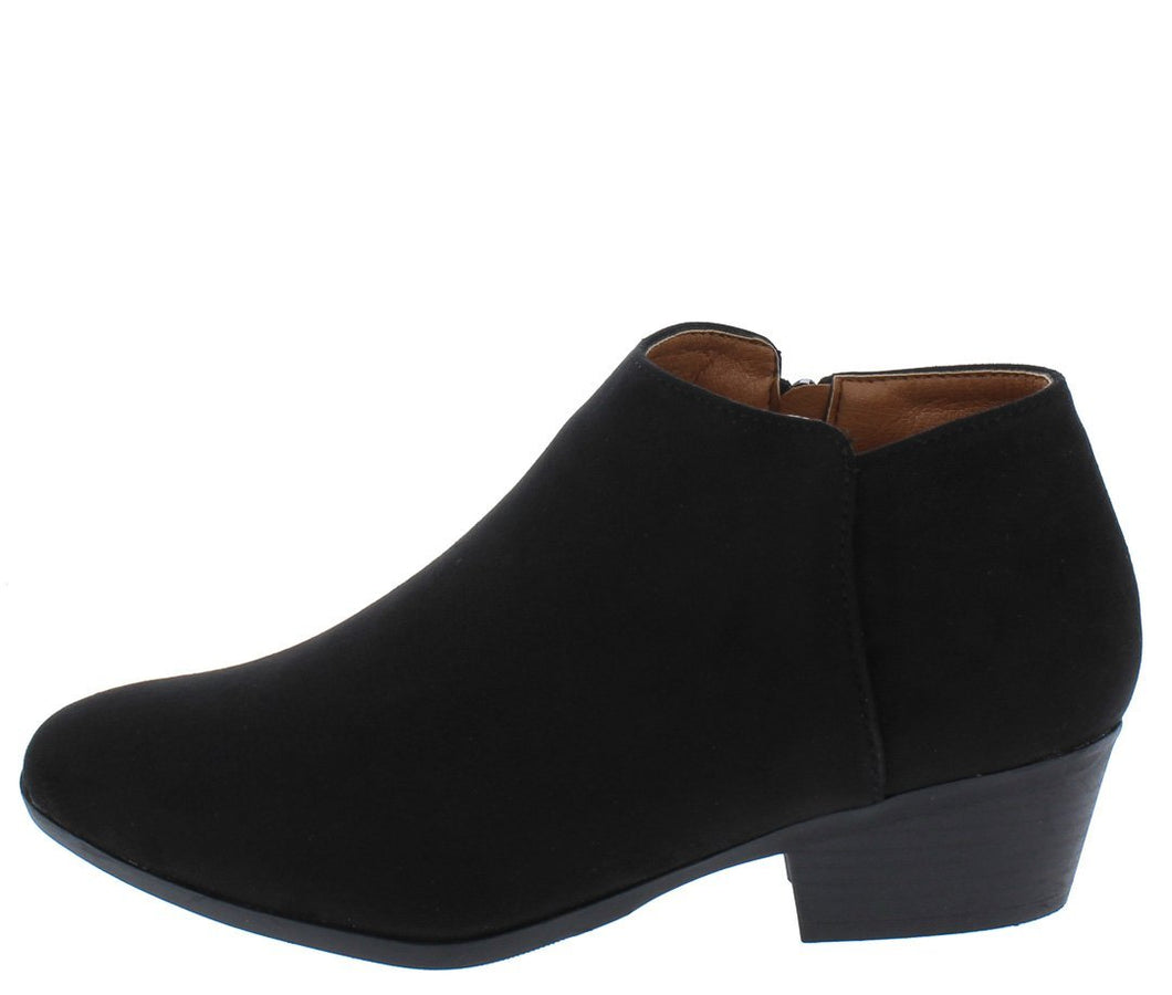 Bradee07 Black Almond Toe Stacked Heel Ankle Boot - Wholesale Fashion Shoes ?id=13120157286444
