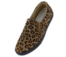 Load image into Gallery viewer, Pinster1 Cheetah Slide On Sneaker Loafer Flat - Wholesale Fashion Shoes