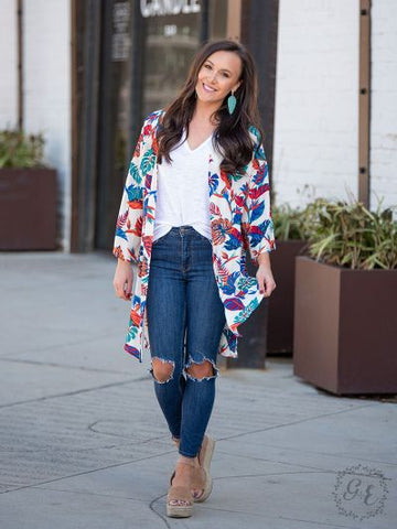 Weekend Getaway Kimono With Vibrant Tropical Leaves