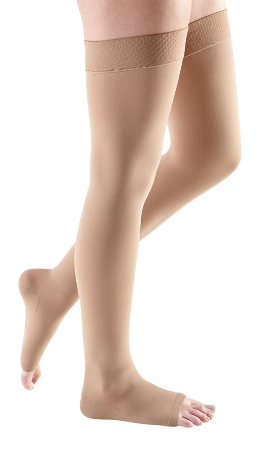 mediven comfort, 15-20 mmHg, Thigh High W/ Silicone Top-Band, Open Toe