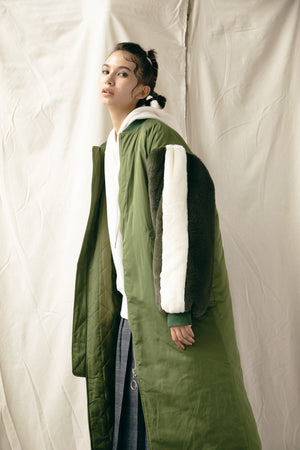 FUR SLEEVE LONG MA-1 / KHAKI