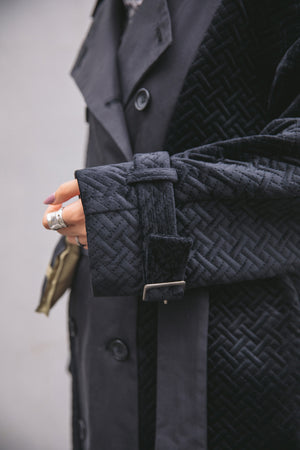SWITCHING TRENCH COAT / BLACK