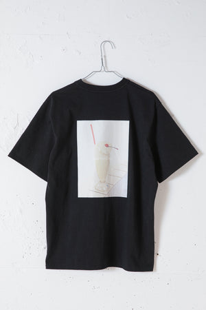 MILKSHAKE PHOTO PRINT TEE / BLACK
