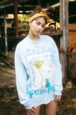 GRAFFITI FLOWER PHOTO PRINT L/S TEE / BLUE