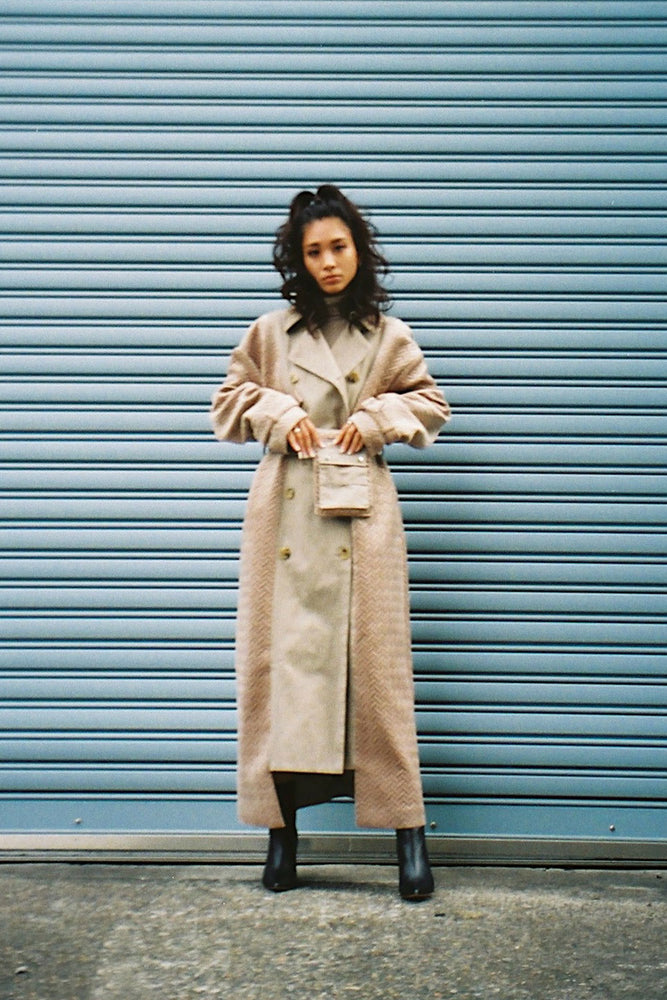 SWITCHING TRENCH COAT / BEIGE