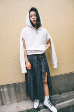 ASYMMETRY SHORTS IN SKIRT / STRIPE