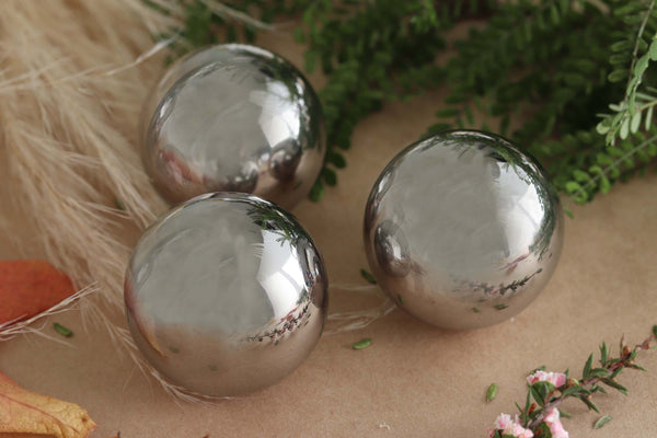 Mirror Sphere