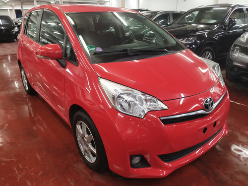 Toyota Verso-S 1.3 essence manuelle 04 / 2011