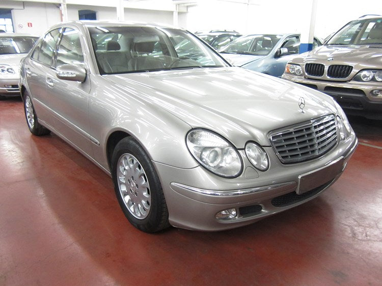 Mercedes E 240 essence automatique 03 / 2003
