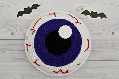 Eyeball Kawaii Cuddler™ Crochet Pattern