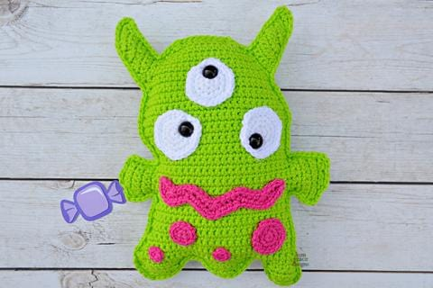 Three-Eyed Monster Kawaii Cuddler® Crochet Pattern