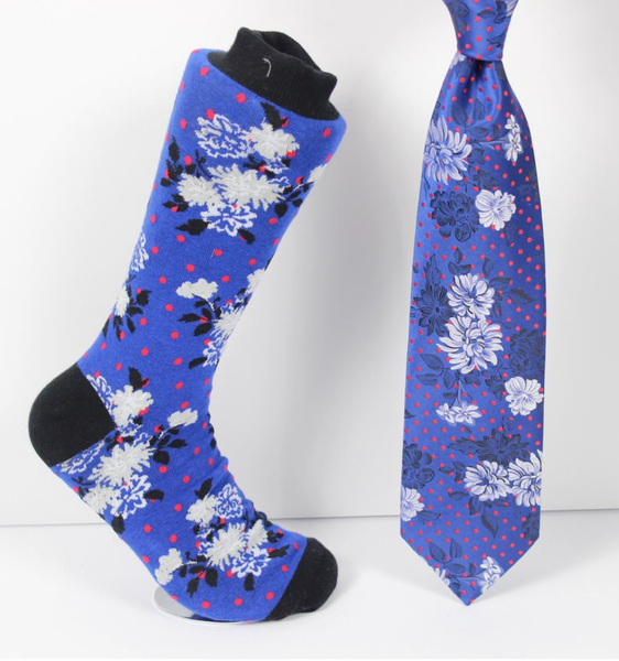 Verse  9 Tajmaha - 2 Black/Blue/Red/ White Floral Pattern Print Design Sock Combo