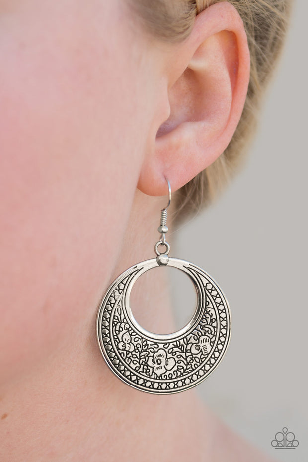 Paparazzi Floral Frontier - Silver Earrings - Glitzygals5dollarbling Paparazzi Boutique