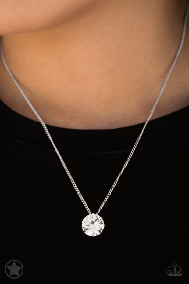 Paparazzi What A Gem White Blockbuster Necklace - Glitzygals5dollarbling Paparazzi Boutique