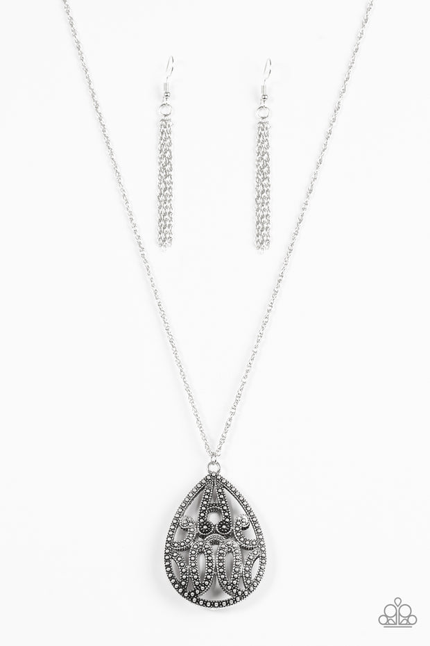 Paparazzi TEARDROP-Dead Gorgeous Silver Necklace - Glitzygals5dollarbling Paparazzi Boutique