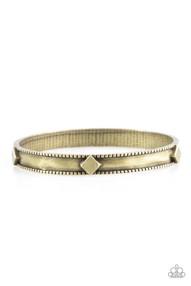 Paparazzi Coyote Country Brass Bracelet - Glitzygals5dollarbling Paparazzi Boutique