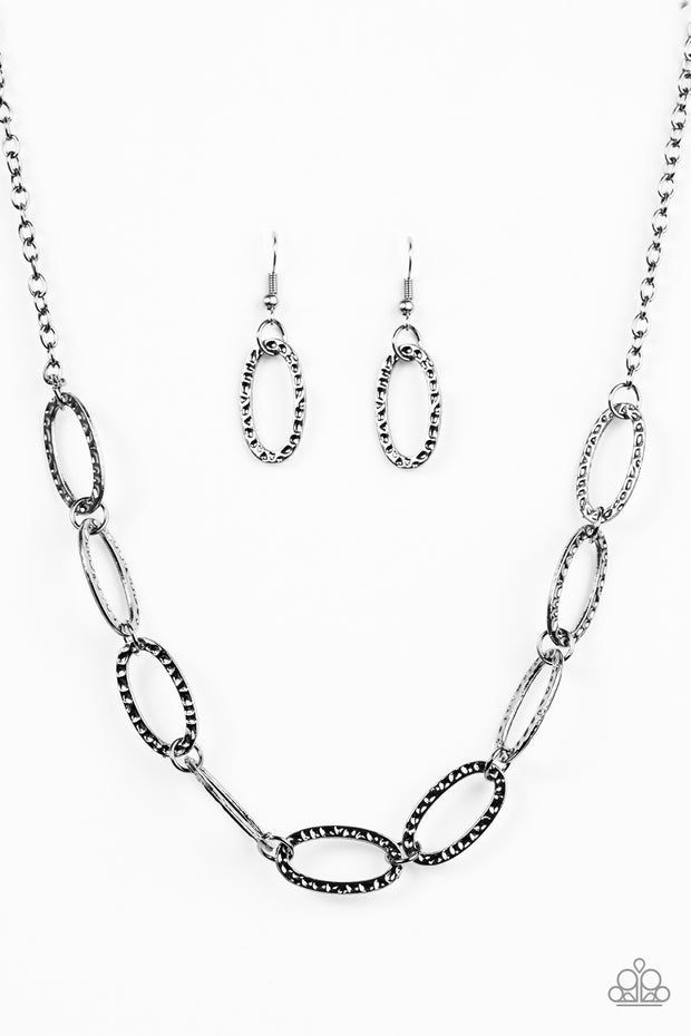 Paparazzi Legendary Lioness Black Necklace - Glitzygals5dollarbling Paparazzi Boutique